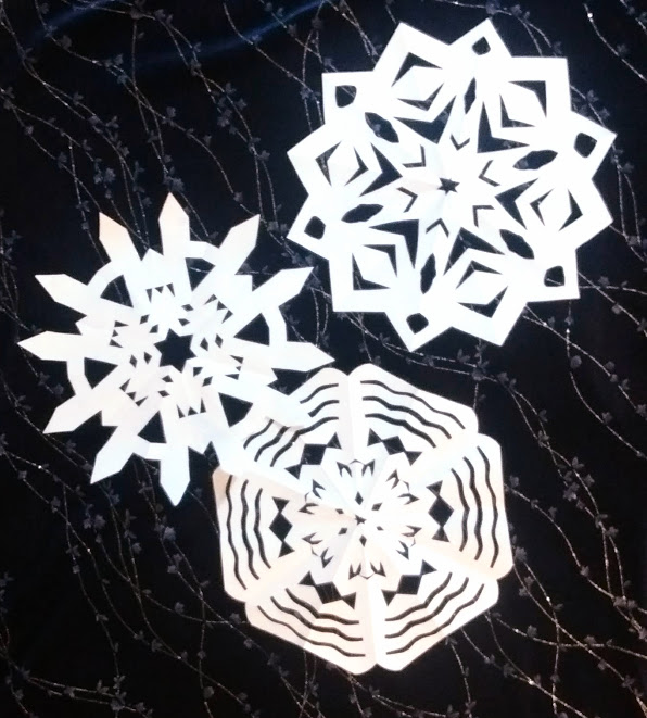 SofD three sparkly snowflakes white side